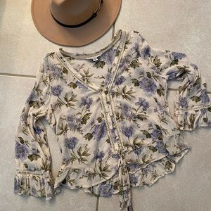 American Eagle Outfitters Floral Blouse Small